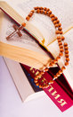Free Open Bible And Rosary Stock Photography - 8980482