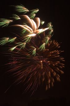 Free Fireworks Burst Stock Photography - 9972