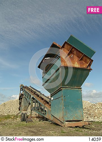 Free Quarry Screening Equipment Royalty Free Stock Images - 14059