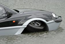 Free Aqua Car Royalty Free Stock Photos - 15958
