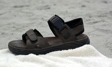Free Brown Sandal Royalty Free Stock Photography - 17607