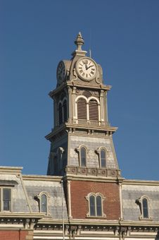 Free Courthouse Clock Tower Royalty Free Stock Image - 102006