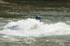 Free Whitewater Kayaker Royalty Free Stock Photography - 1003327