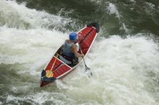 Free Whitewater Kayaker Royalty Free Stock Photography - 1003337
