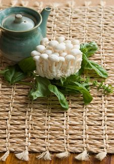 Free Fresh Enoki Mushrooms Stock Images - 1006544
