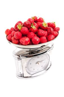 Free Strawberry In The Scale Royalty Free Stock Image - 10003826