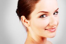 Free Close Up Of A Smiling Woman Royalty Free Stock Photography - 10016237
