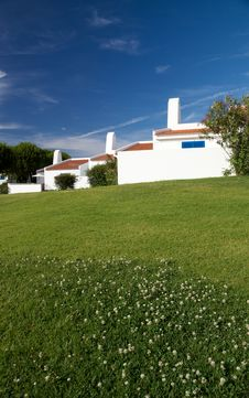 House With A Garden In The Algarve Stock Photography