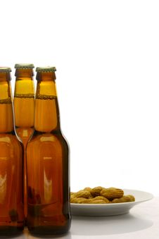 Free Bottles Of Beer Royalty Free Stock Photos - 10018958