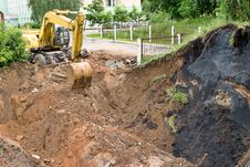 Free Excavator Royalty Free Stock Image - 10020316