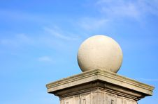 Free Concrete Shpere On A Pillar Close Up Stock Photography - 10024732