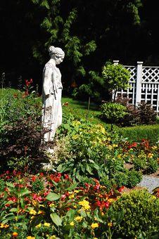 Garden Statue Royalty Free Stock Photo