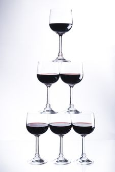 Free Five Glasses Of Red Wine Royalty Free Stock Images - 10025419
