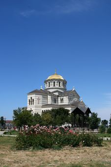 Free Orthodox Cathedral Revived From Ruins Stock Images - 10026534