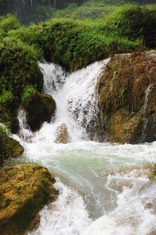 Free Squiffed Waterfall Stock Photo - 10028530