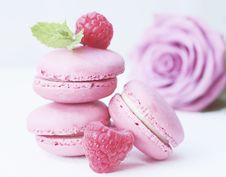 Free Macaroon, Sweetness, Dessert, Strawberry Stock Photos - 100253103