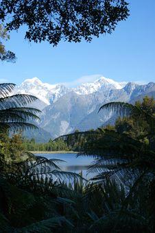 Free Nature, Mountainous Landforms, Mountain Range, Reflection Stock Photos - 100253943