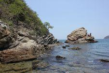 Free Coast, Sea, Rock, Coastal And Oceanic Landforms Royalty Free Stock Images - 100254179