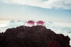 Free Sky, Mountainous Landforms, Cloud, Mountain Stock Photo - 100256870