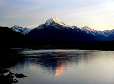 Free Sunrise Mount Cook Stock Image - 100275661