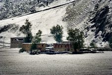 Free Snow View Of Tibetan Village At Shangri-la China Royalty Free Stock Photo - 10031015