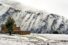 Snow View Of Tibetan Village At Shangri-la China Royalty Free Stock Images