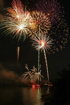 Free Fireworks Over Long Island Sound Royalty Free Stock Photo - 10035355