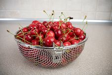 Free Wet Fresh Cherry On The Table Stock Images - 10035564