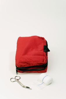 Free First Aid Kit Royalty Free Stock Image - 10038796