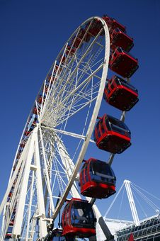 Free Red Ferris Wheel Stock Image - 10039691