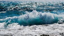 Free Wave, Sea, Wind Wave, Water Stock Photos - 100327033