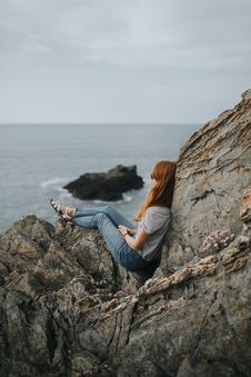 Free Sea, Cliff, Rock, Coast Royalty Free Stock Photos - 100333878