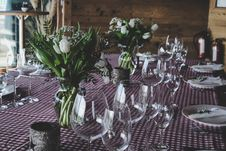 Free Flower, Plant, Floristry, Table Royalty Free Stock Image - 100340966