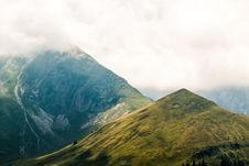 Free Highland, Mountainous Landforms, Mountain, Ridge Stock Photography - 100341482