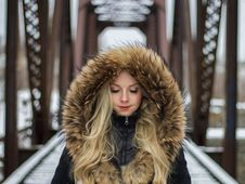 Free Fur Clothing, Fur, Beauty, Girl Stock Photography - 100342022