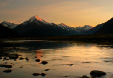 Free Sunrise Mount Cook Stock Image - 100369581