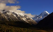 Free Mt Cook National Park. NZ Stock Images - 100369834