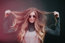 Free Hair, Eyewear, Human Hair Color, Beauty Royalty Free Stock Images - 100399109