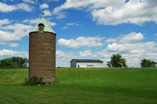Free Ancient Silo And Barn Stock Photos - 10041263