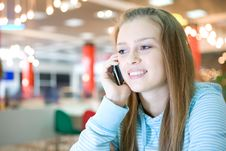 Free Young Woman With Cellphone Royalty Free Stock Photos - 10045318