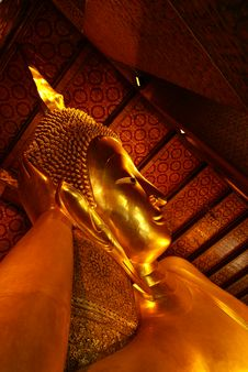 Free Head Of Giant Sleeping Buddha Statue Royalty Free Stock Photo - 10047375