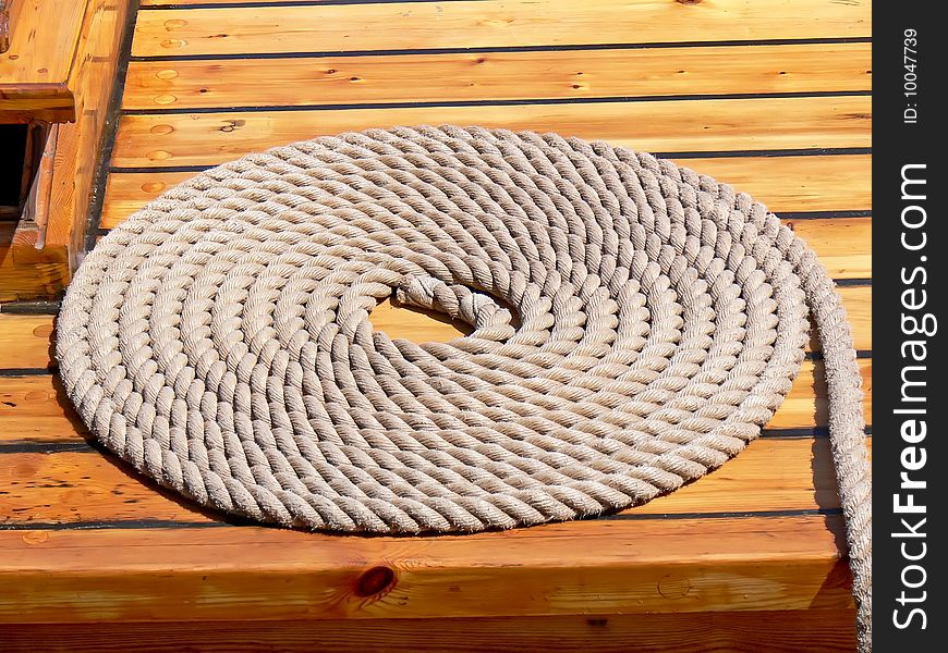 Rolled-up rope
