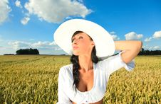 Free Happy Country Girl Royalty Free Stock Photos - 10050148