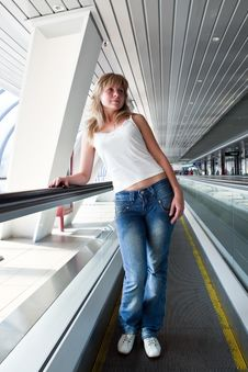Free On The Escalator Royalty Free Stock Images - 10056059