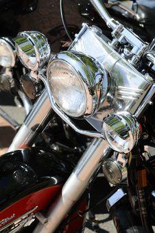 Free Motorcycle Headlights Royalty Free Stock Photo - 10058655