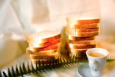 Free Coffe And Bread Royalty Free Stock Image - 10059066
