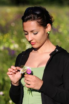 Free Romantic Young Woman With Flowers Royalty Free Stock Photography - 10060897