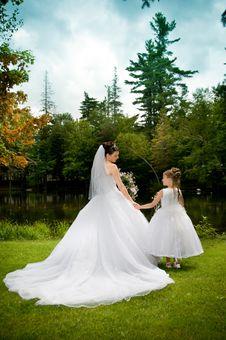 Free White Bride Stock Image - 10061161