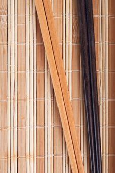 Free Chopsticks On Bamboo Mat Stock Photos - 10063583