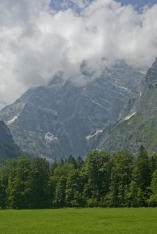 Free Mountain In Bavarian Alps Stock Photography - 10064442